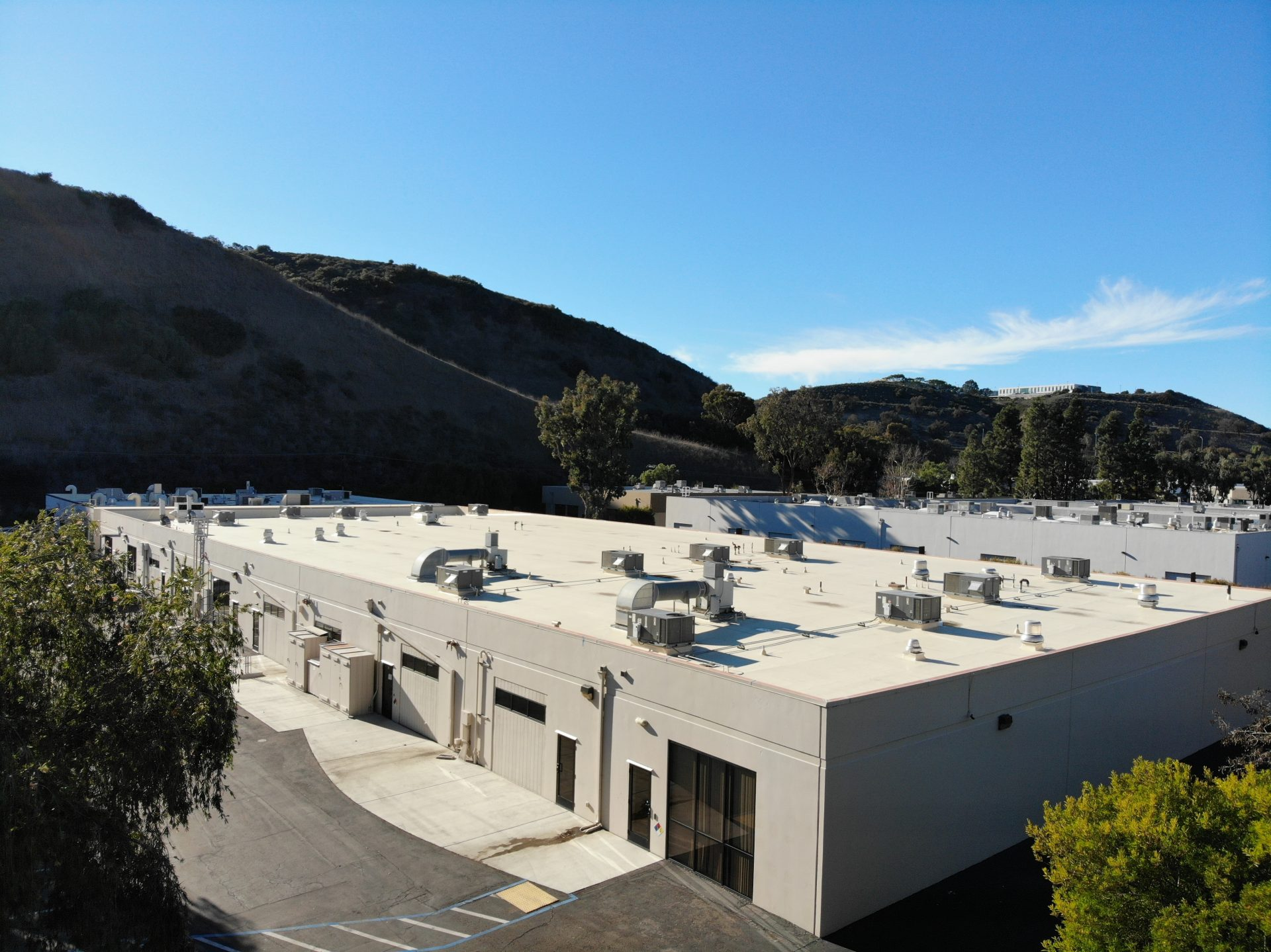 Picture of Warehouse Building Roofing Project